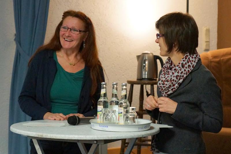 Frau Sitt (Bündnis 90/Grüne) und Moderatorin Frau Soboth